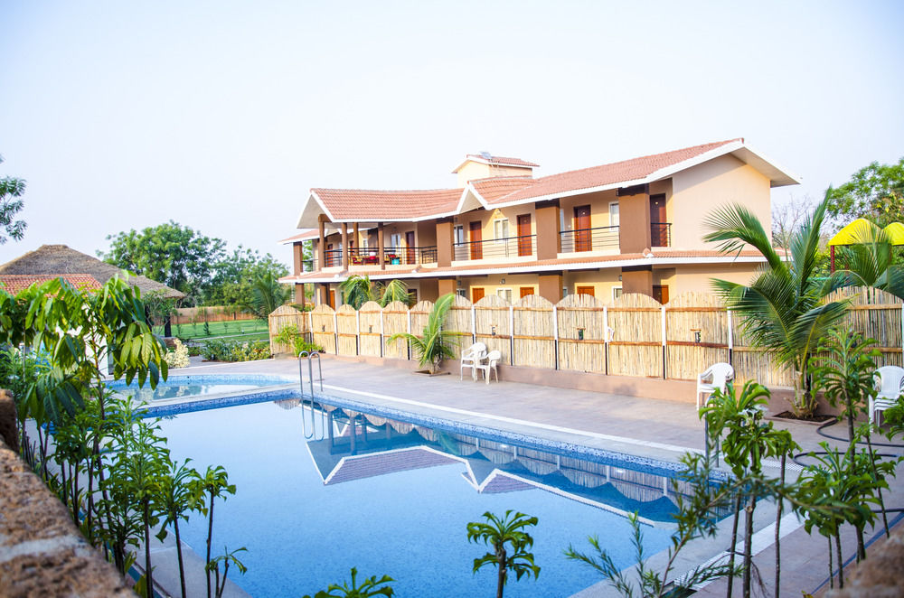 Dream Valley Resorts Swimming pool